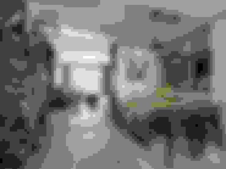 Dining room by 禾廊室內設計