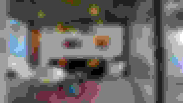 Casa Lomas Blancas: Livings de estilo  por 2712 / asociados