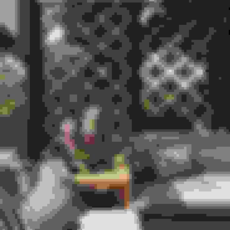 detalle en terraza: Terrazas de estilo  por Ecologik