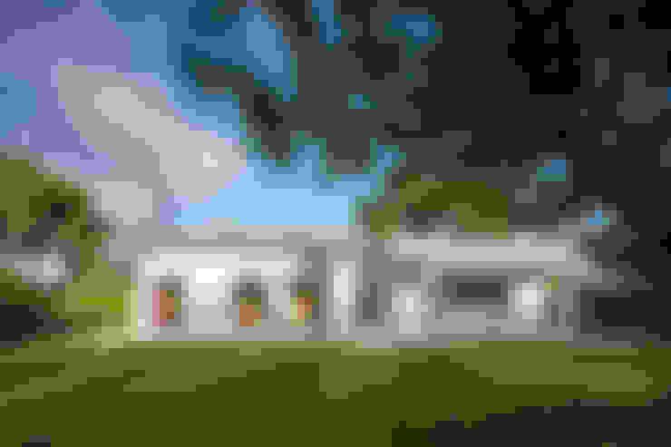 บ้านและที่อยู่อาศัย by Officina29_ARCHITETTI