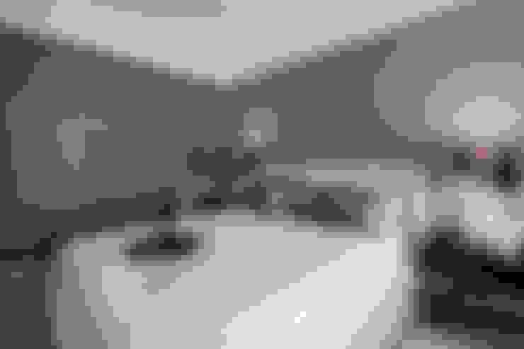 簡.溫:  臥室 by 湘頡設計