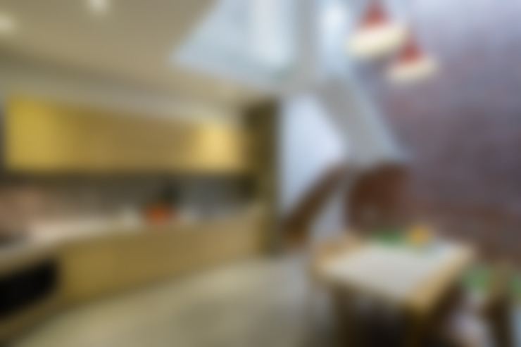 Không gian nhà ống phải đáp ứng được mục đích sử dụng của gia chủ.:  Bếp xây sẵn by Công ty TNHH Thiết Kế Xây Dựng Song Phát