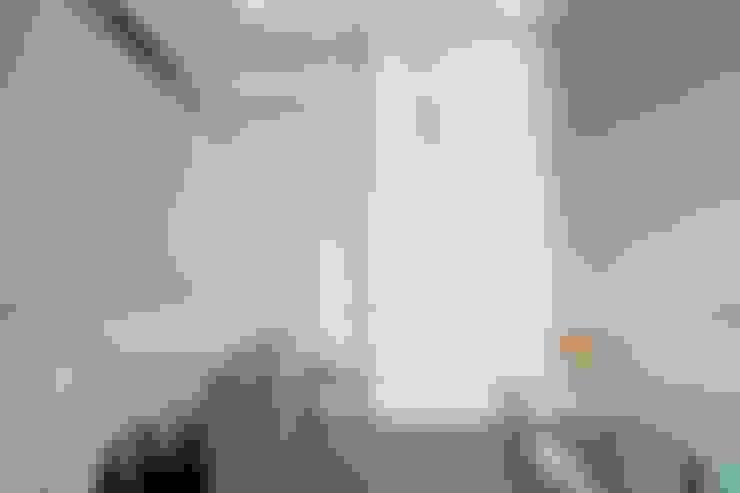 小孩房設計:  嬰兒房/兒童房 by 極簡室內設計 Simple Design Studio
