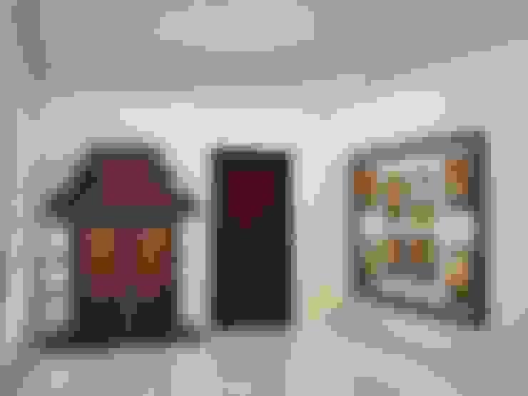 Puja area :  Corridor & hallway by NVT Quality Build solution