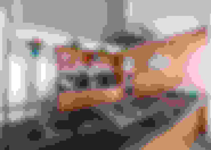Kitchen by René Flores Photography