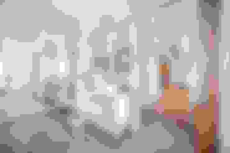 Ванные комнаты в . Автор – DOMUS NOVA