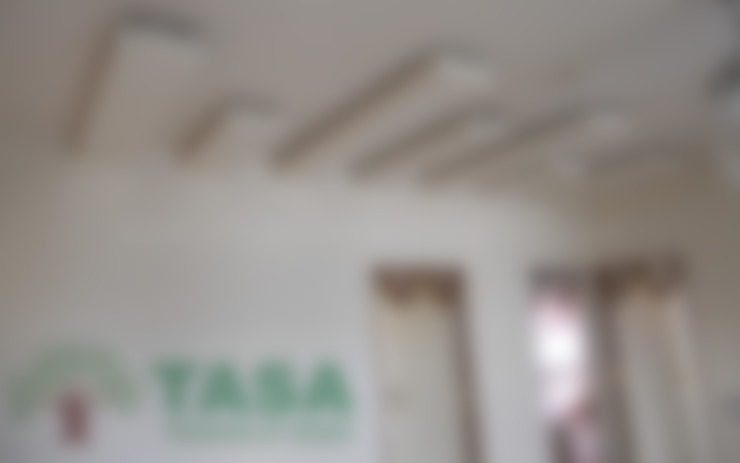 False Ceiling:  Walls by TASA interior designer