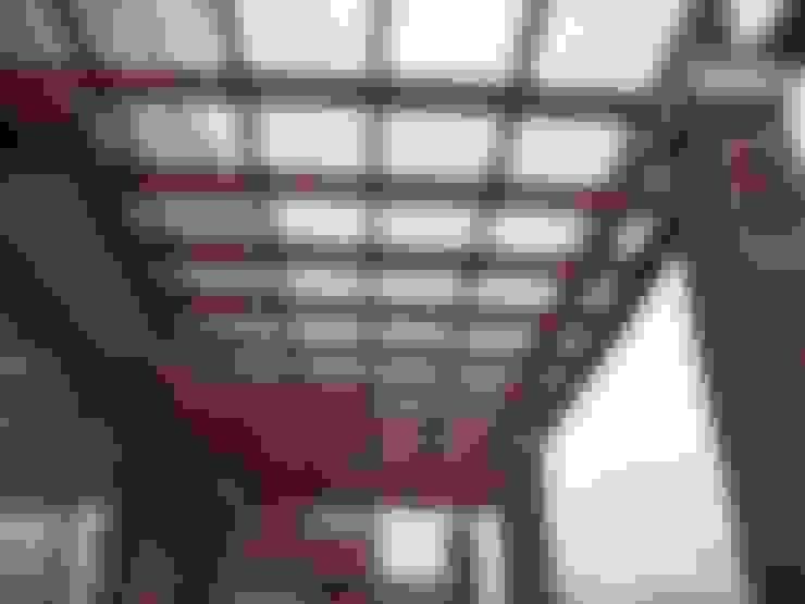 Terrazas de estilo  de Piscinas Espectaculares