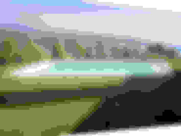 Garden Pool by Piscinas Espectaculares