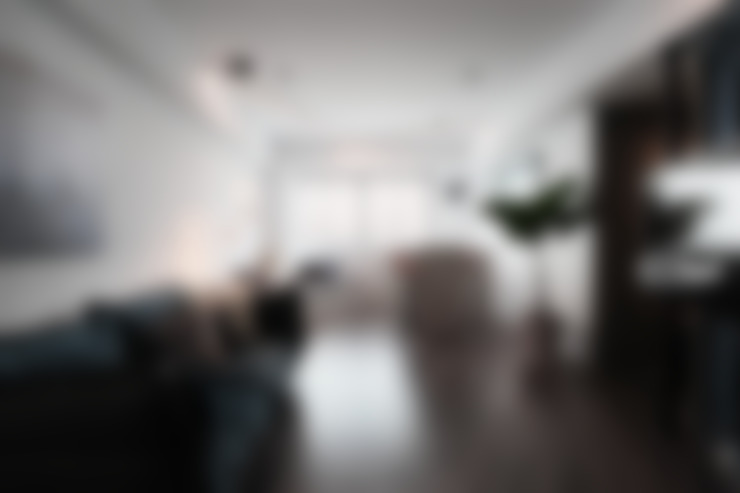 台南市北區/W宅/轉。23.5:  客廳 by 臣月空間工程