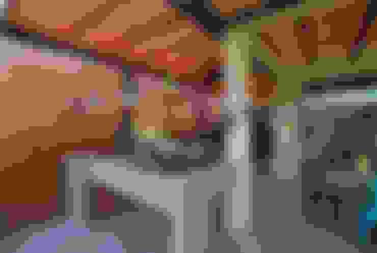 Quincho adaptado: Terrazas  de estilo  por Selica