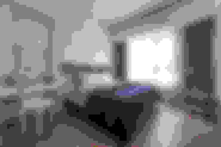 百玥空間設計 ─ 思/靜 ─ 臥房空間:  地板 by 百玥空間設計