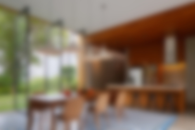 Kitchen by Tamara Wibowo Architects