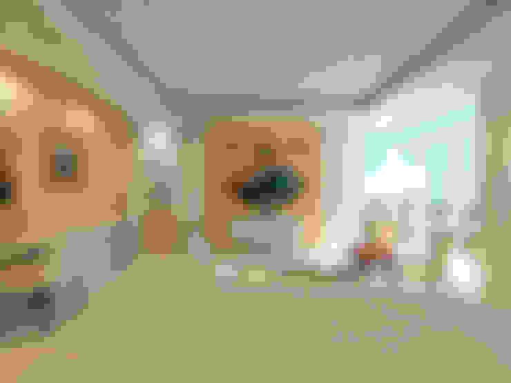 Chateau de Boudreault Master's Bedroom 2 :  Bedroom by Constantin Design & Build