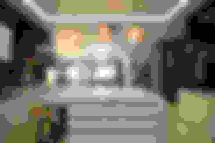 Kiara 1888:  Kitchen by Hatch Interior Studio Sdn Bhd
