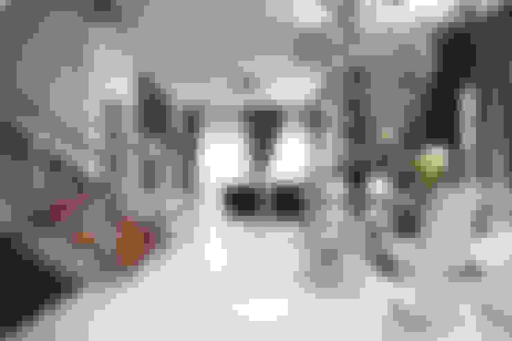 Projekty,  Salon zaprojektowane przez Hatch Interior Studio Sdn Bhd