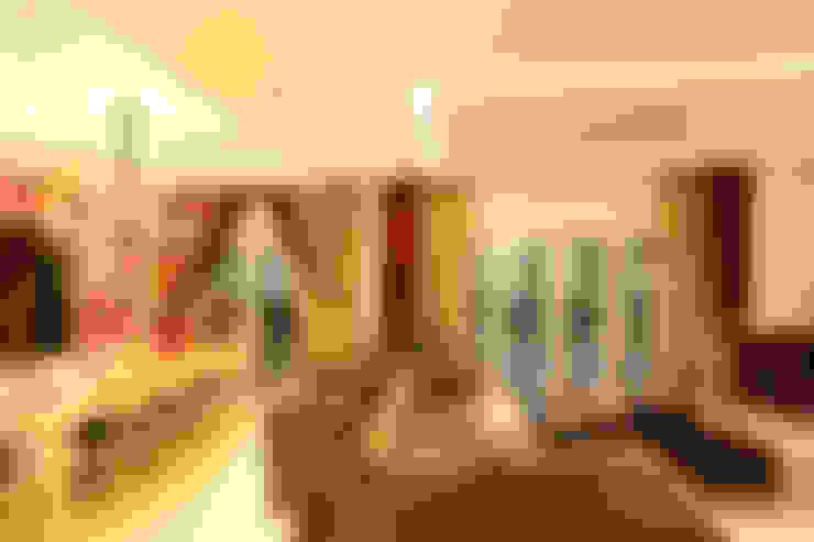 غرفة المعيشة تنفيذ Hatch Interior Studio Sdn Bhd