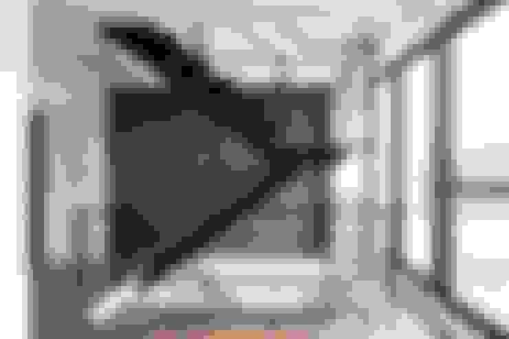 Escaleras de estilo  por 沃思文化  /  林毅璋建築師事務所 + 乘四研究所