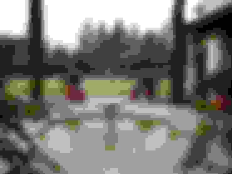 Garden Pond by Estudio Dillon Terzaghi Arquitectura - Pilar