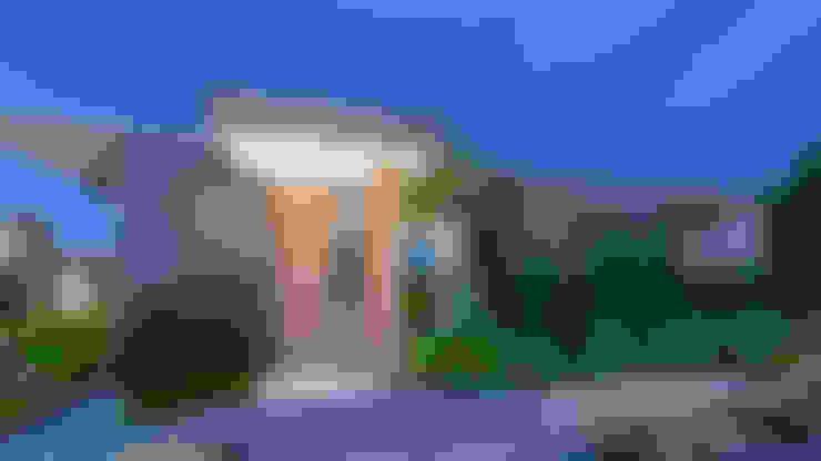 casa de campo pereira : Casas de estilo  por astratto