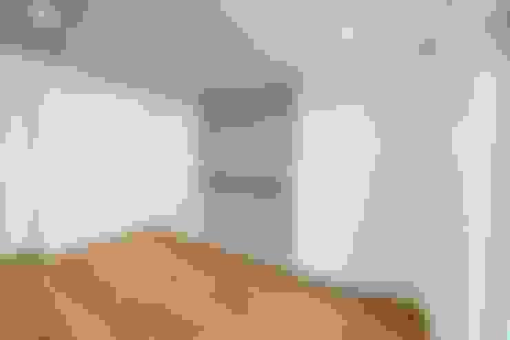 Bedroom by Falegnameria Grelli Danilo