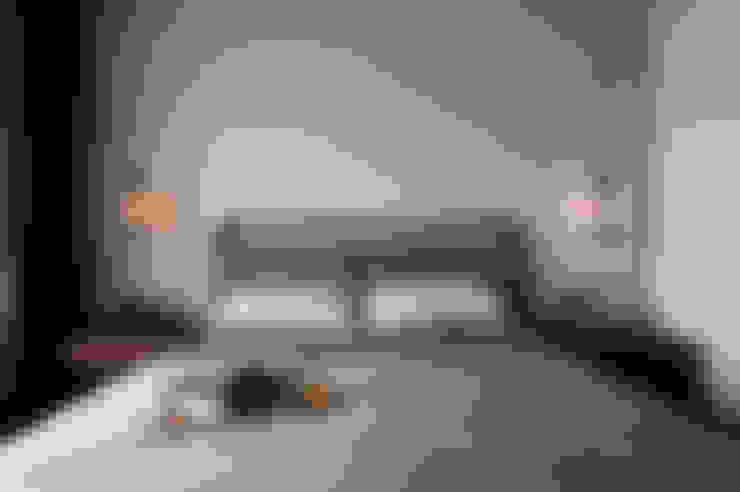 主臥室:  臥室 by 邑田空間設計