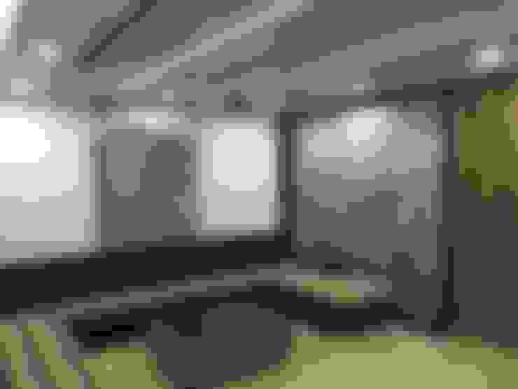 غرفة المعيشة تنفيذ Vdezin Interiors