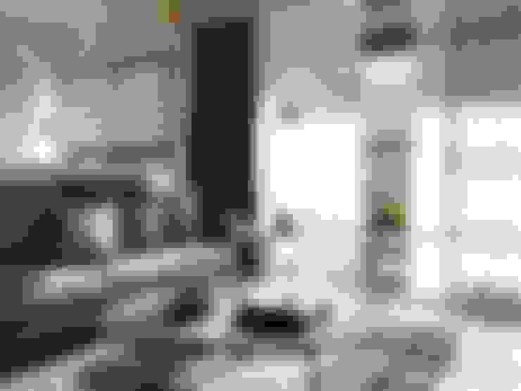 Phòng khách by 御見設計企業有限公司