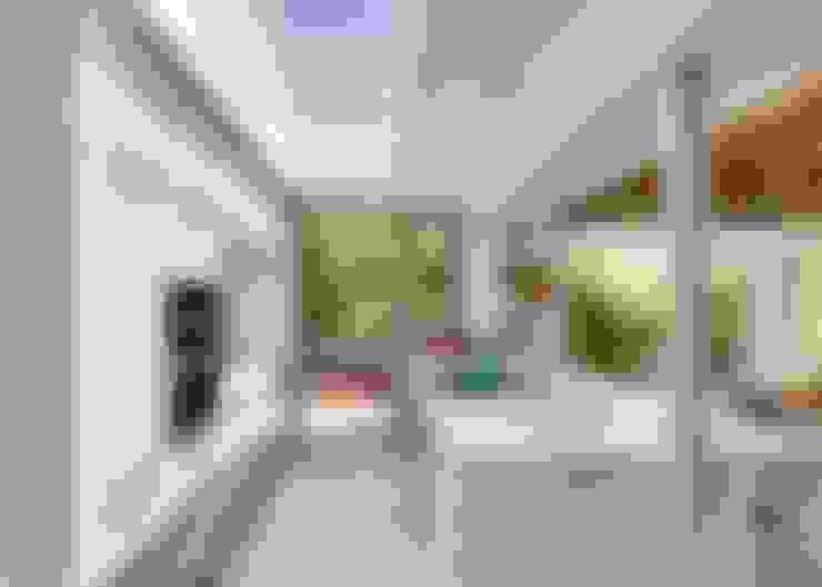 Kitchen & Skylight:  Built-in kitchens by Van der Merwe Miszewski Architects