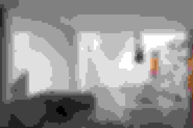 غرفة المعيشة تنفيذ A2+ ARQUITECTOS