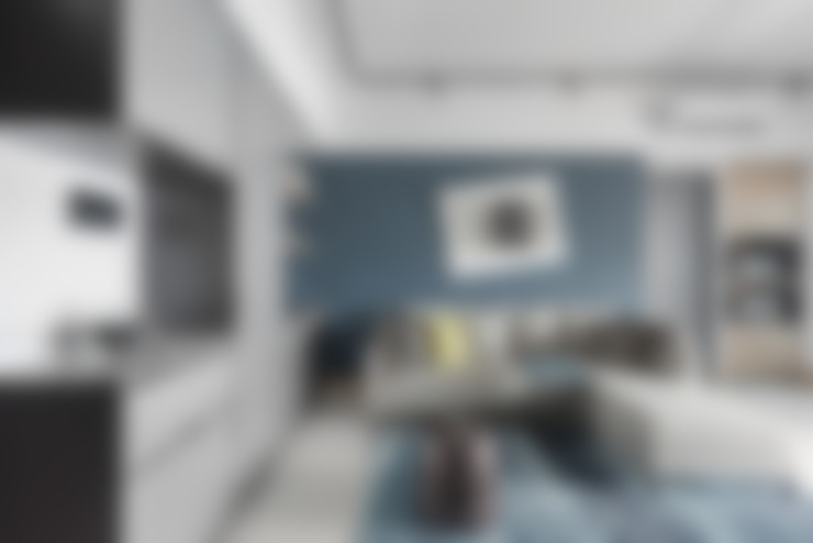 Living room by 寬宸室內設計有限公司