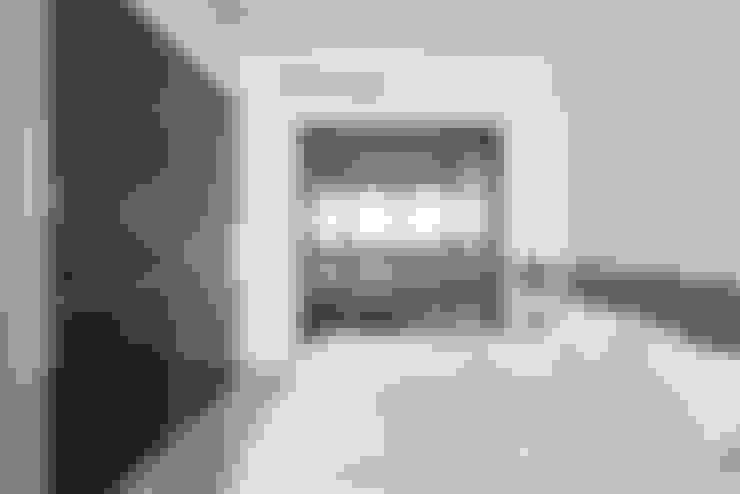 Dormitorios de estilo  de 寬宸室內設計有限公司