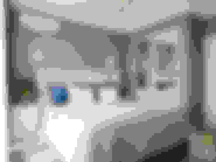 Camera da letto in stile  di Елена Марченко (Киев)