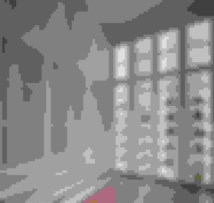 LP House:  Kamar Tidur by ARF interior