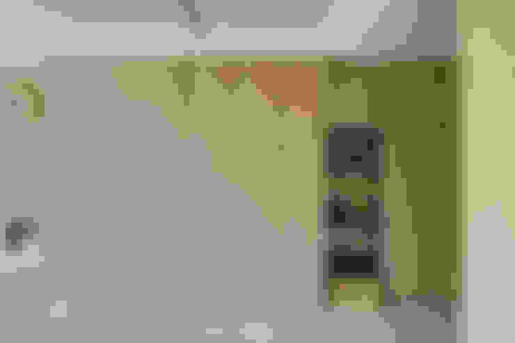 玄關:  走廊 & 玄關 by 寬軒室內設計工作室