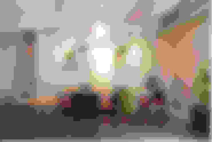 Locaux commerciaux & Magasins de style  par (주)스튜디오360플랜