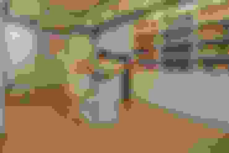 Tienda Welwda: Oficinas y Tiendas de estilo  por Rodrigo León Palma