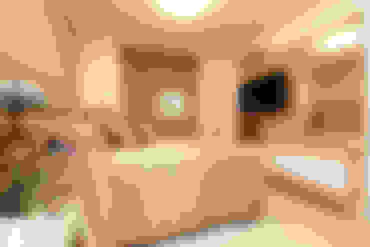 Bedroom by RI Arquitetura