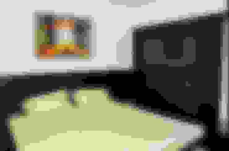 Dormitorios de estilo  por Edge spot interior