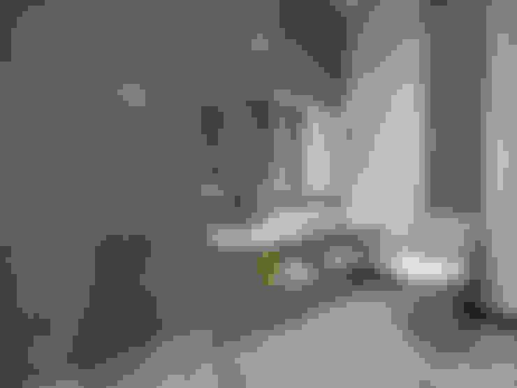 Bathroom:   by Arsitekpedia