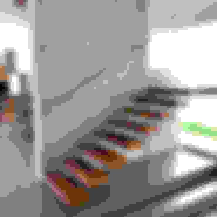 Scale in stile  di RFoncerrada arquitectos