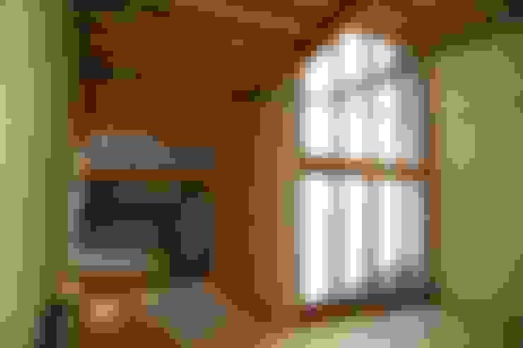 アトリエ: 株式会社高野設計工房が手掛けた書斎です。