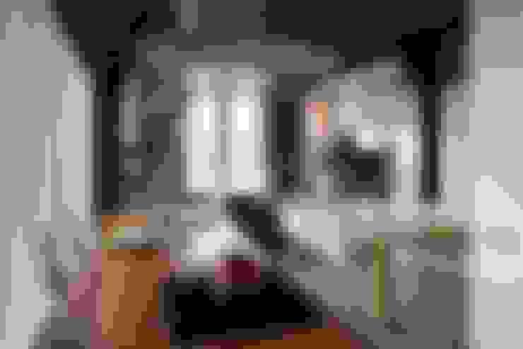 Living room by Thijssen Verheijden Architecture & Management