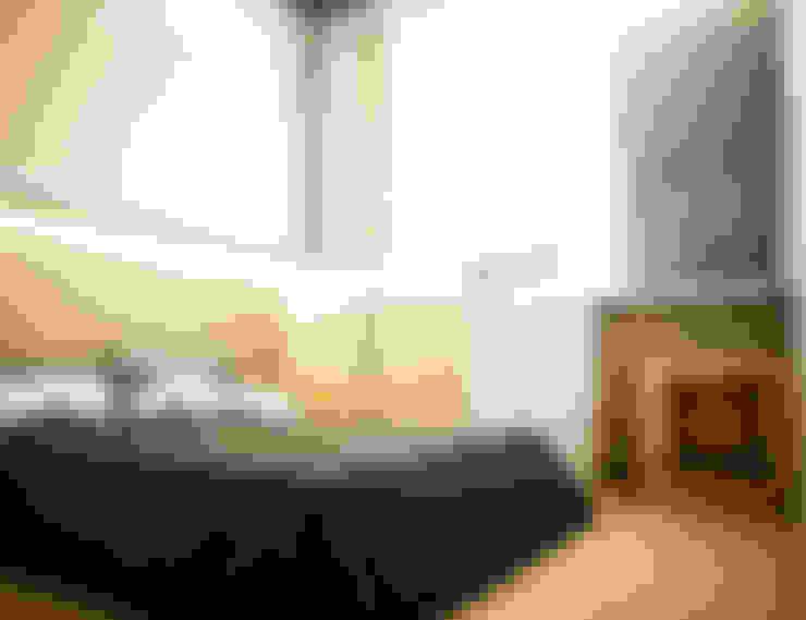 Interior Kamar Tidur:  Kamar tidur kecil by r.studio