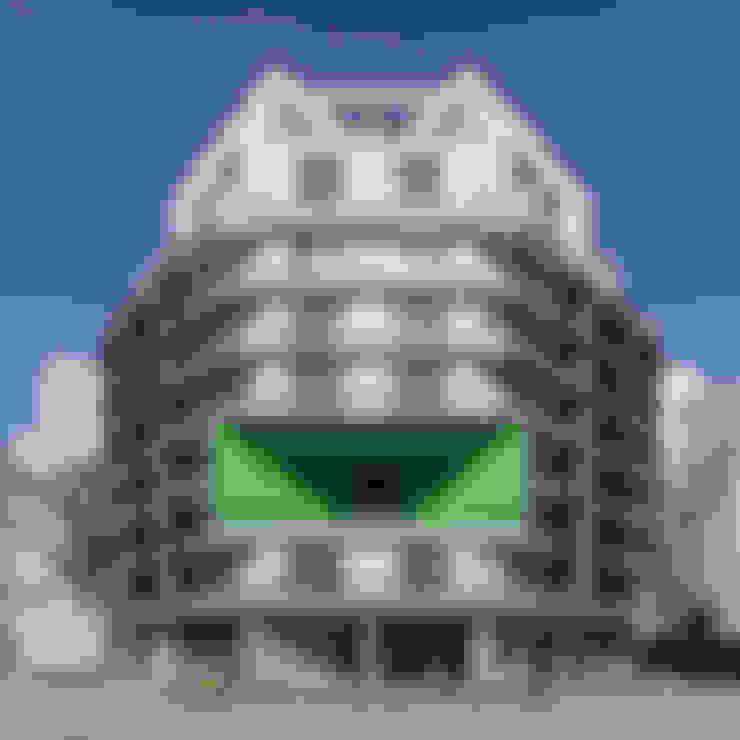 華廈 by SMF Arquitectos  /  Juan Martín Flores, Enrique Speroni, Gabriel Martinez