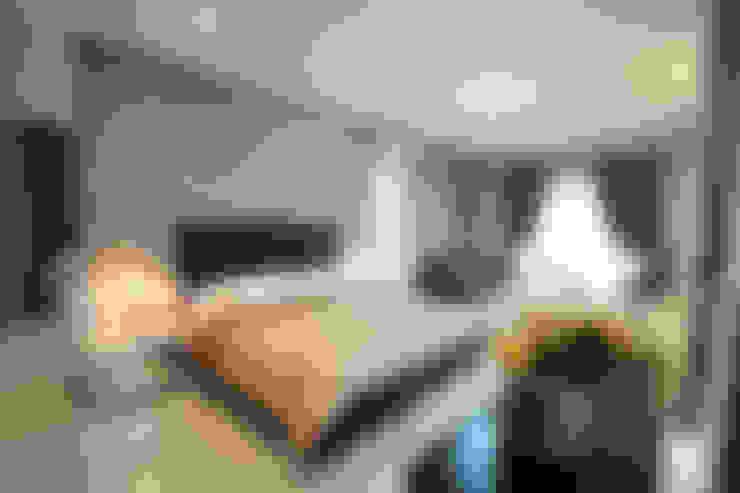 Kamar Tidur Utama:  Kamar Tidur by Exxo interior