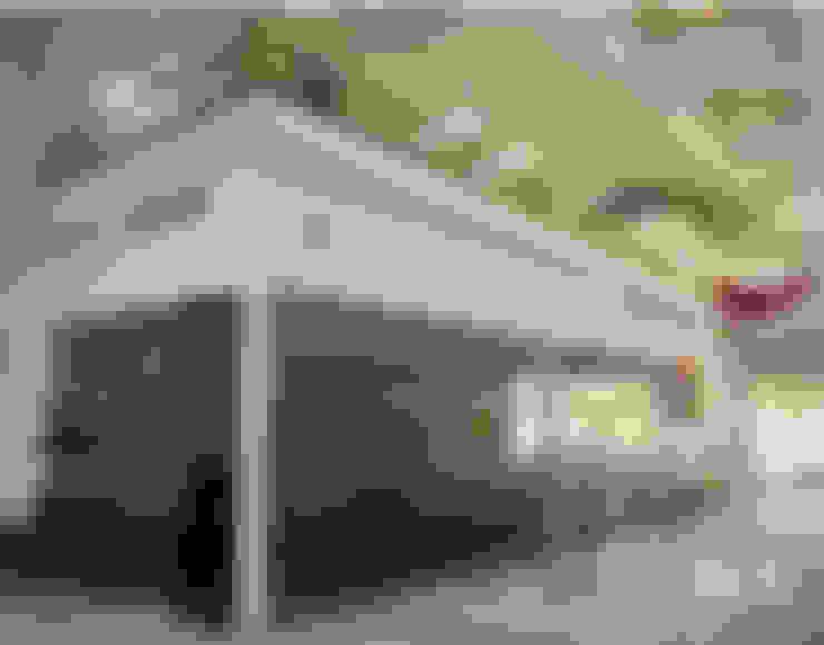Salas de reuniones - Mezzanine: Oficinas y Tiendas de estilo  por Soluciones Técnicas y de Arquitectura