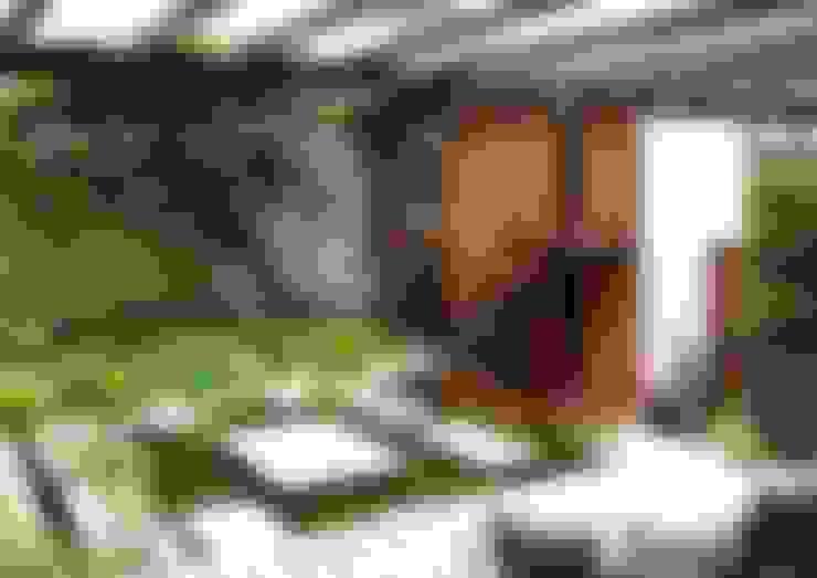 Terrazas: Terrazas de estilo  por Materia Viva S.A. de C.V.