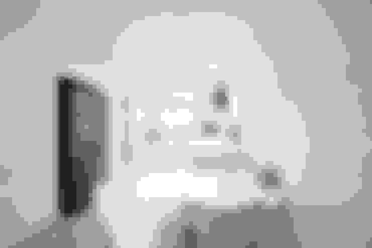 Comedores de estilo  por 로하디자인