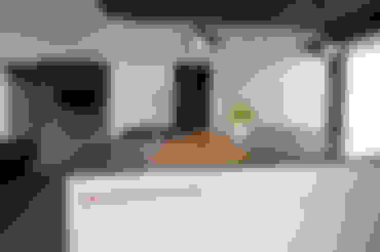 ห้องครัว by hysenbergh GmbH | Raumkonzepte Duesseldorf
